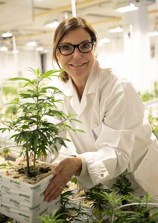 Hemp Farmers Gründerin Sylvia Nowel